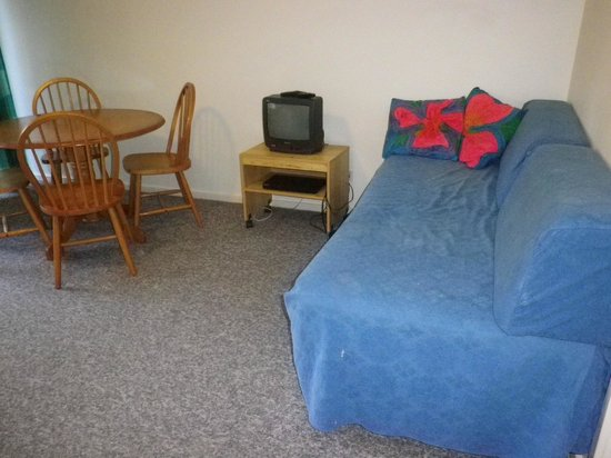 Hideaway:                   new furnishings needed