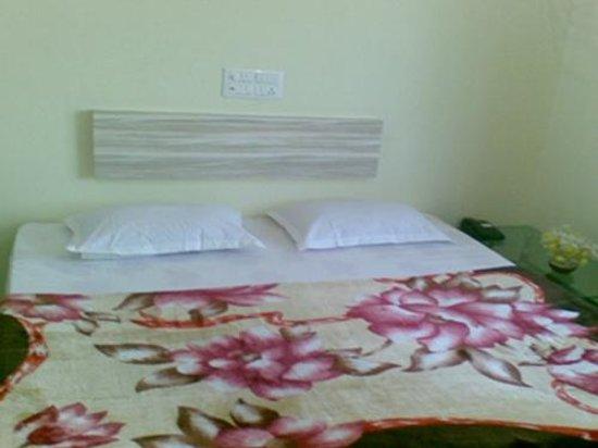 Hotel Sai Snehal :                   Interior