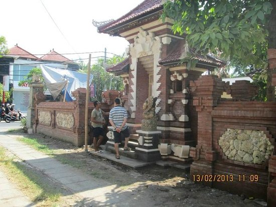 Sukun Bali Cottages: new gate