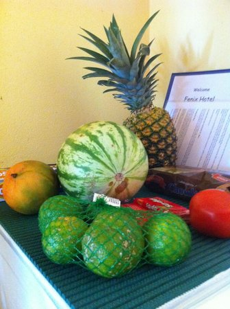 Fenix Hotel - On The Beach:                   Tropical fruit