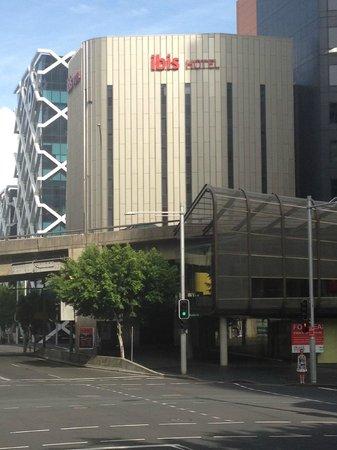 Ibis Sydney King Street Wharf:                   .