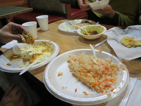 Eating in on the deli side means styrofoam plates and for Aladdin indian cuisine