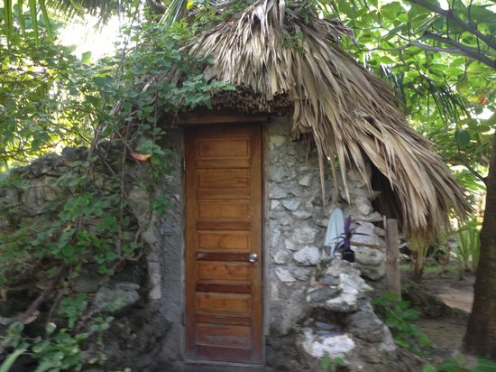 Aji Tapa Bar & Restaurant:                                     Le toilette