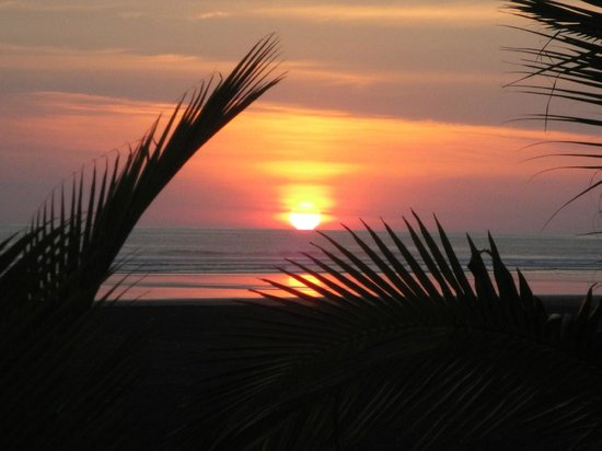 Alma del Pacifico Beach Hotel & Spa:                   Sunset like this every night from your room