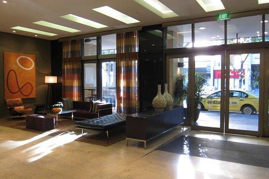 Adina Apartment Hotel Melbourne:                   Lobby