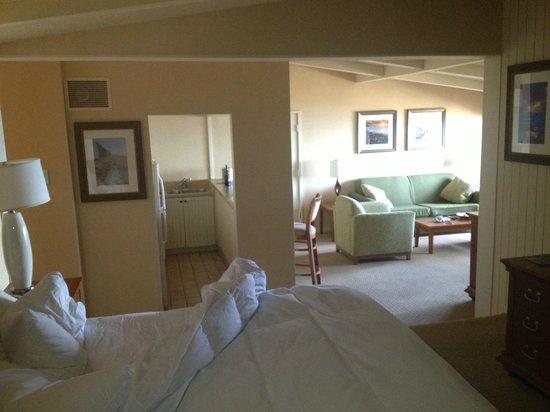 La Jolla Shores Hotel:                   Romm setup