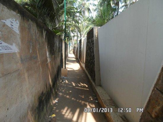 Thushara Hotel:                   Narrow lane towards Hotel