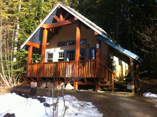 Halcyon Hot Springs:                   Our chalet