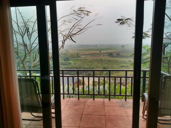 Thaton Hill Resort:                                     View from room