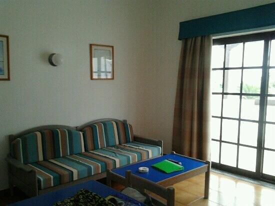 Apartamentos Los Tulipanes: salon