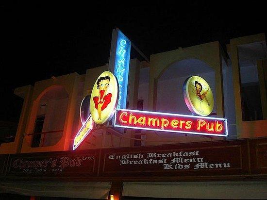 Champers Pub :                                     Champers Bar