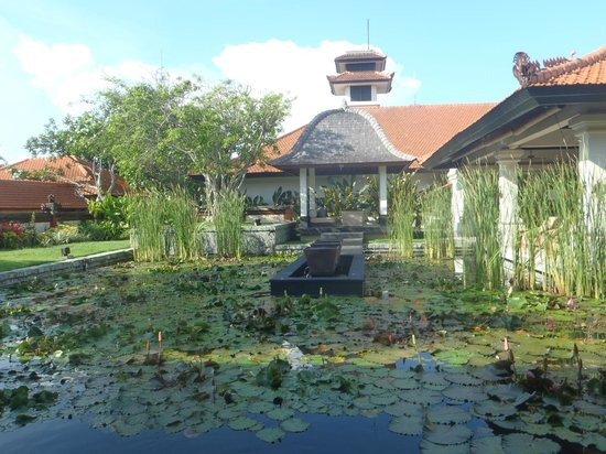Grand Hyatt Bali:                   Grounds