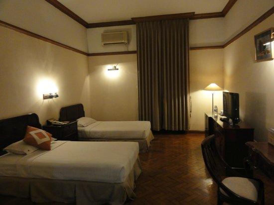 Yuzana Garden Hotel:                   ツインルーム
