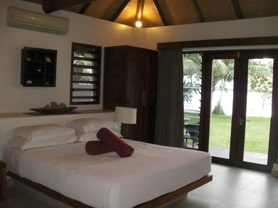 Eratap Beach Resort:                   our room