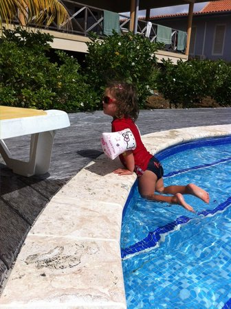 Caribbean Club Bonaire :                   zwempret