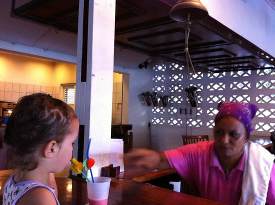 Caribbean Club Bonaire:                   verwend met mooie rietjes door 'oma Milly'