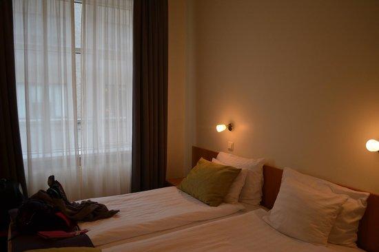 CenterHotel Skjaldbreid:                                     room
