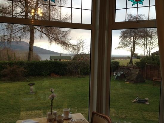 Carrick Lodge Guest House :                                     the view from the dining room