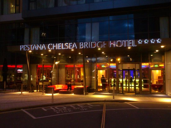 Pestana Chelsea Bridge Hotel & Spa London:                   Hotel Entrance