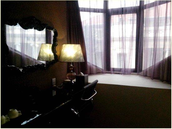Arenaa Star Hotel:                   Feeling like a princess from Victorian era :)