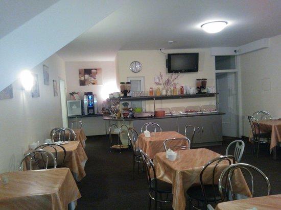 Mikon Eastgate Hotel:                   Sala colazione