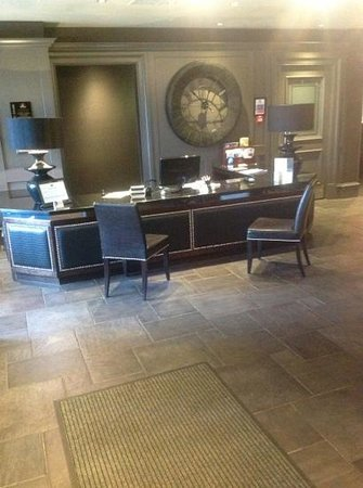 Best Western Glasgow South Eglinton Arms Hotel:                   Reception at the 'Eg'