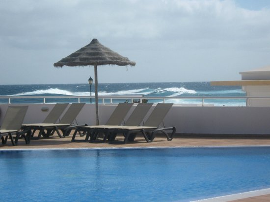 Castillo Beach:                                     Pool and waves