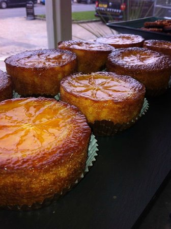Prego Broadway: Orange polenta cake