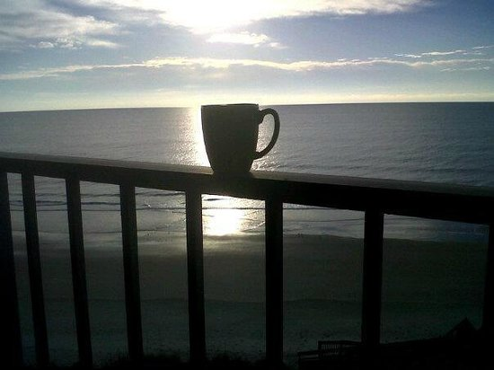 Oceanfront Litchfield Inn:                   Post-sunrise from 6th floor