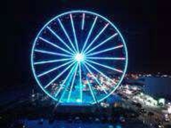 Holiday Inn at the Pavilion:                   skywheel at nite. right next door to hotel