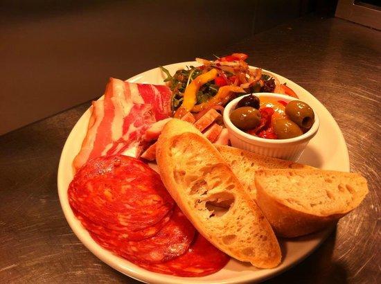Gazelle Hotel: Deli Meat Platter
