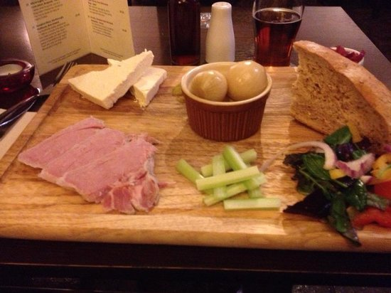 Tennant Arms Hotel:                   pleasefreshly cut the bread and serve butter with it thanks
