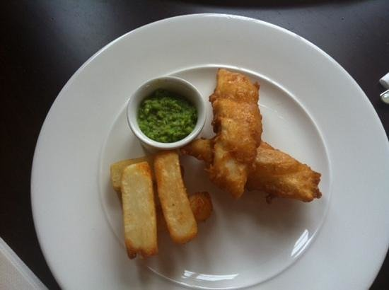 Carlton Manor Hotel:                   Kiddies portion of Haddock and Chips