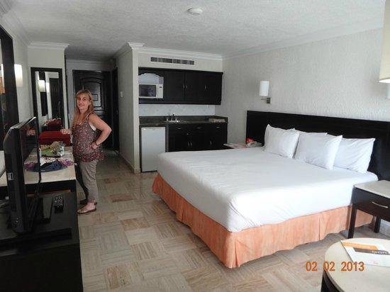 Krystal Cancun:                                                       HABITACION