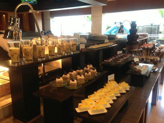 Asia Alive:                                     Dessert counter
