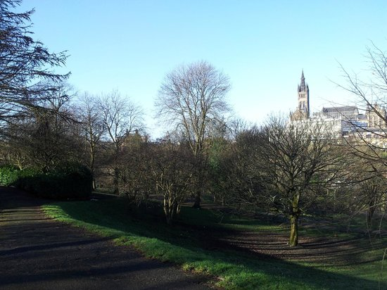 Kelvingrove Park:                   The university in the background