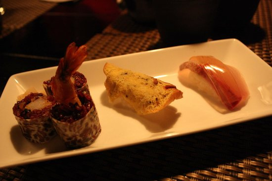 Sushi trio picture of ninja akasaka chiyoda tripadvisor for Akasaka japanese cuisine