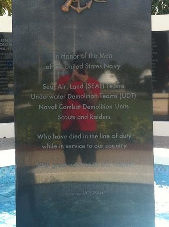 Navy Seal Museum :                   honor those lost