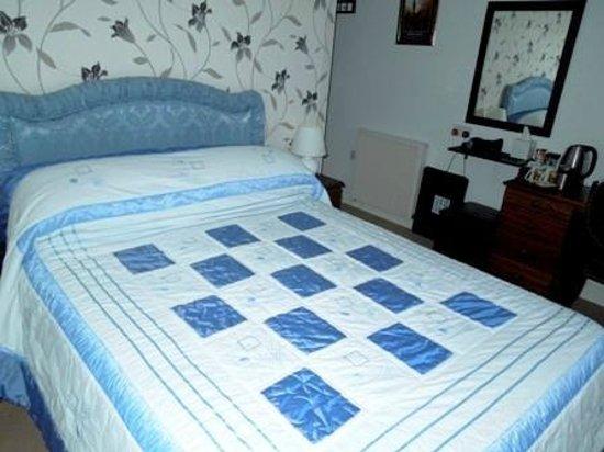 Greenbank B&B: Double Bedroom