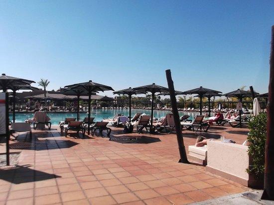 Hotel Riu Tikida Palmeraie:                   Pool Area