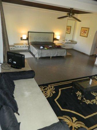 Hotel Riu Tikida Palmeraie:                   Suite Room