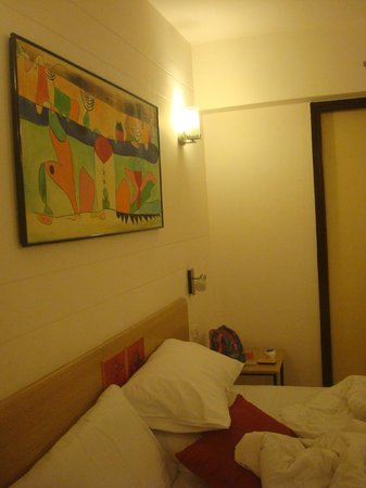Red Fox Hotel Jaipur :                   Cleanliness and decoration