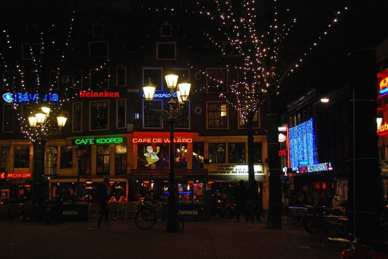 Hampshire Hotel - Amsterdam American:                   Leidesplein at Night