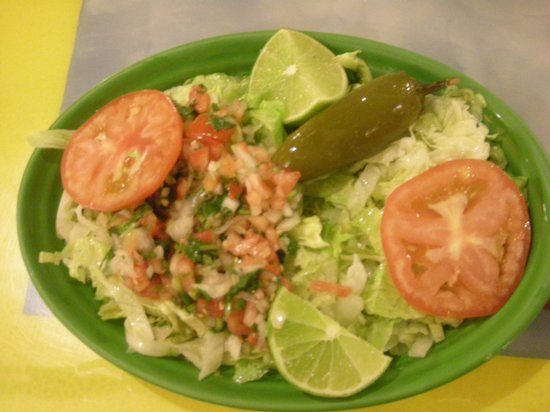 La Carreta Restaurant :                                     salad