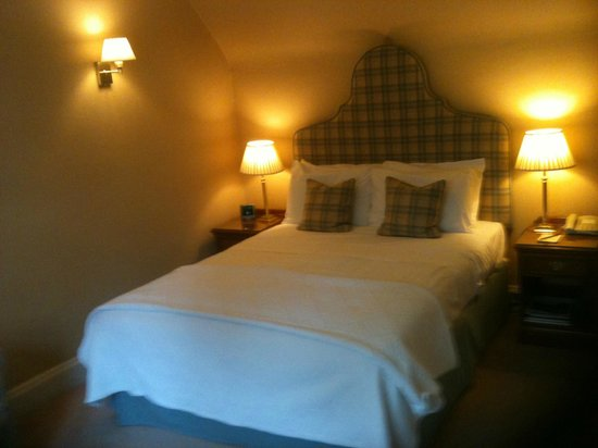 Ballathie House Hotel: Bed in room 23