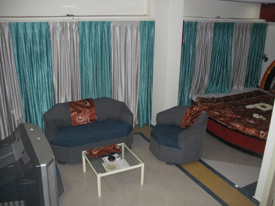 Hotel Aditya :                   Suite Room seating Area