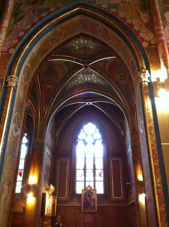 Hotel Pod Vezi:                   Interior of the church at Vysehrad