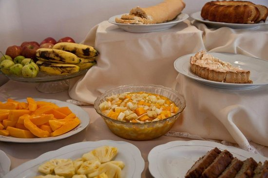 El Hostal de Su Merced: Natural fruits and homemade pastries