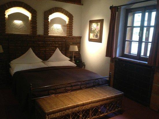 Romantik Hotel U Raka:                   Luxury double bed ~ fabulous soft