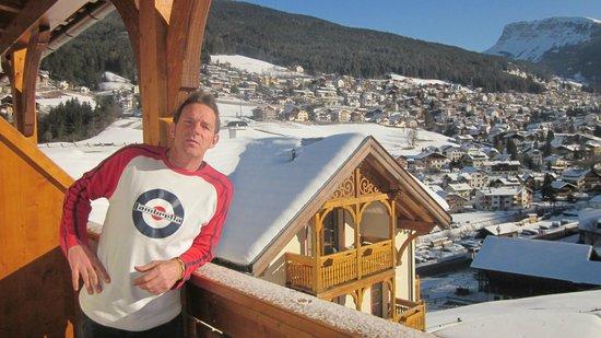 La Perla Hotel:                   vista dal balcone